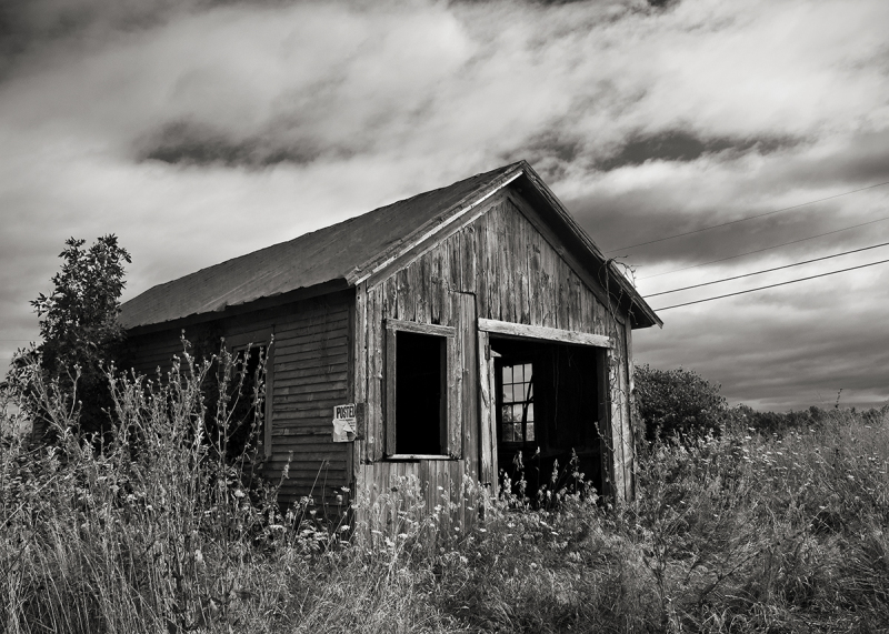 Old farm stand