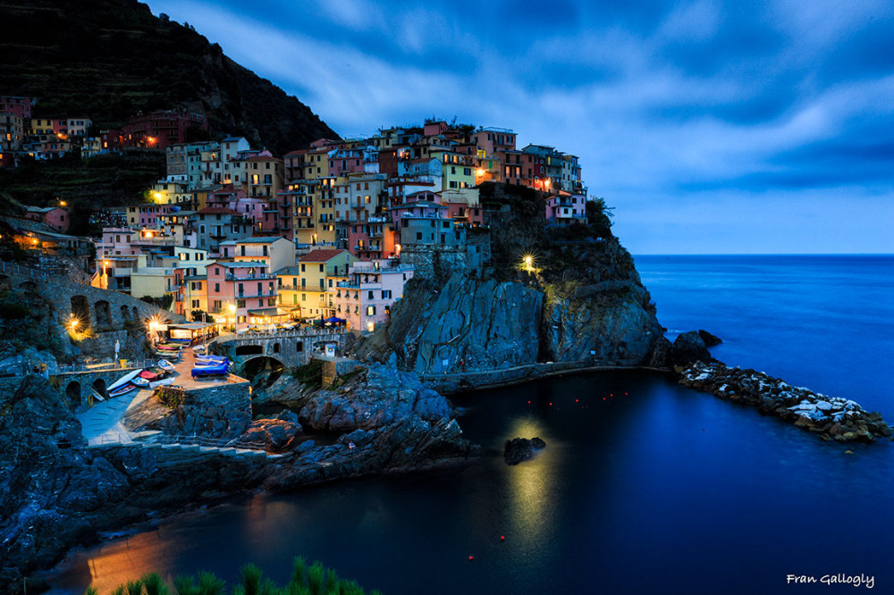 Manarola at night, cinque terre