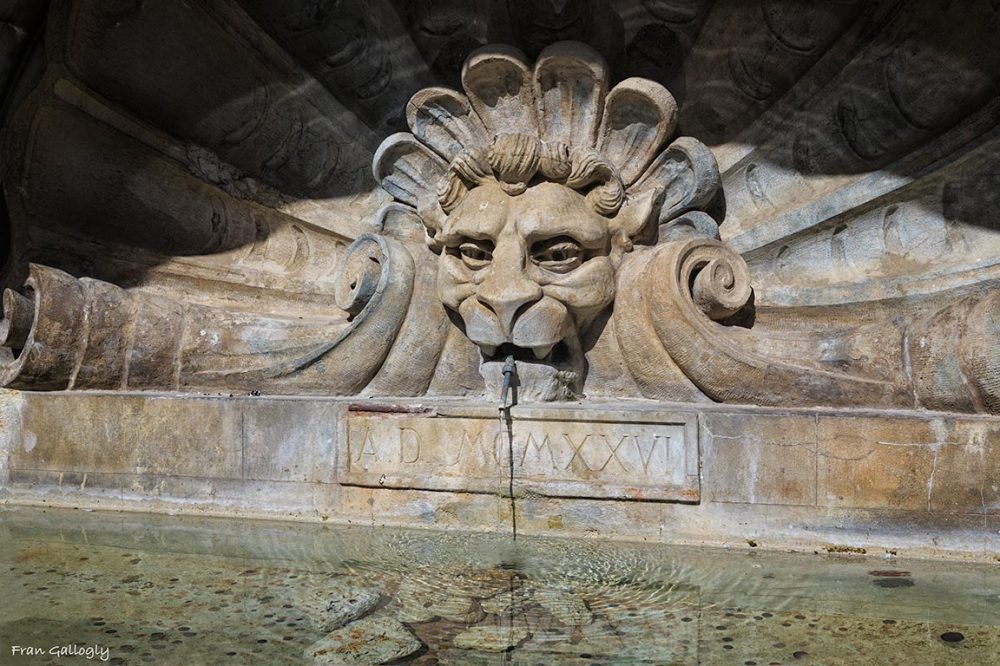 Fountain, Radda in Chianti, Tuscany