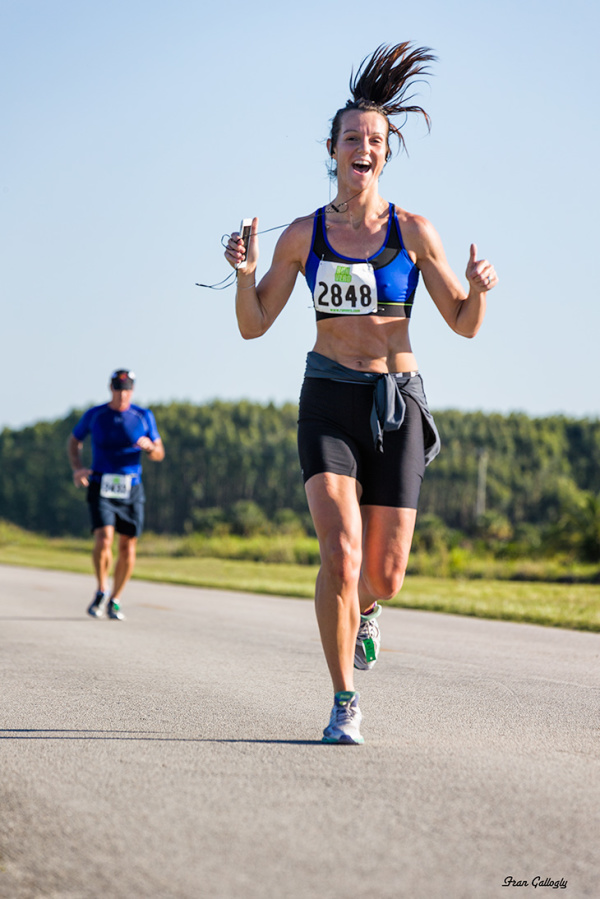 runner in Chimpathon 16K for Save the Chimps in Fl
