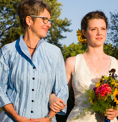 Bride and Mother at Wedding in Minneapolis