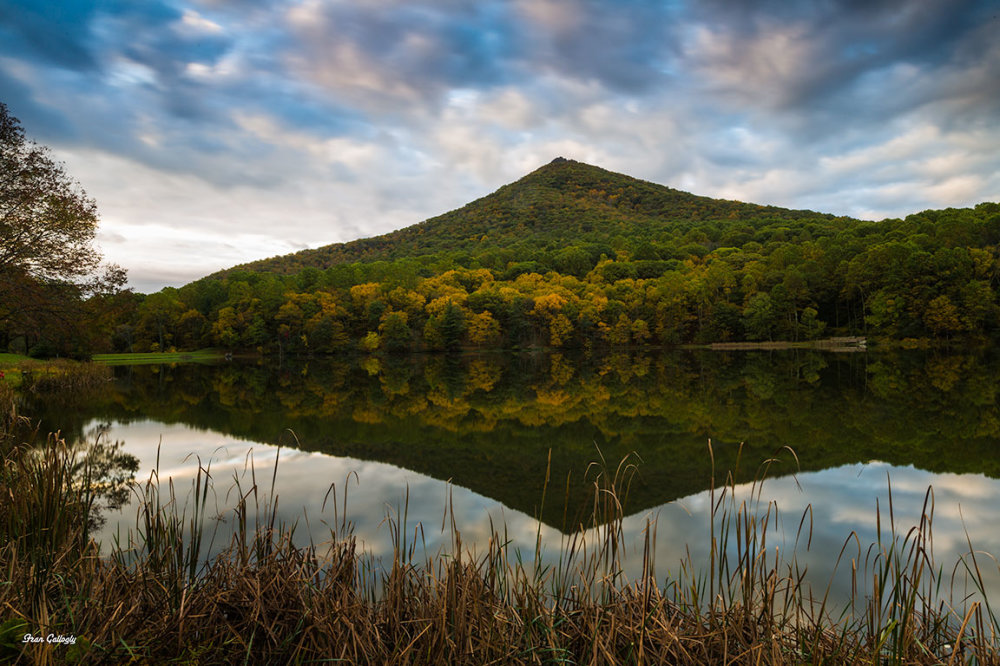 Sharptop Mt at sunrise reflected in Abbot Lake, Pe
