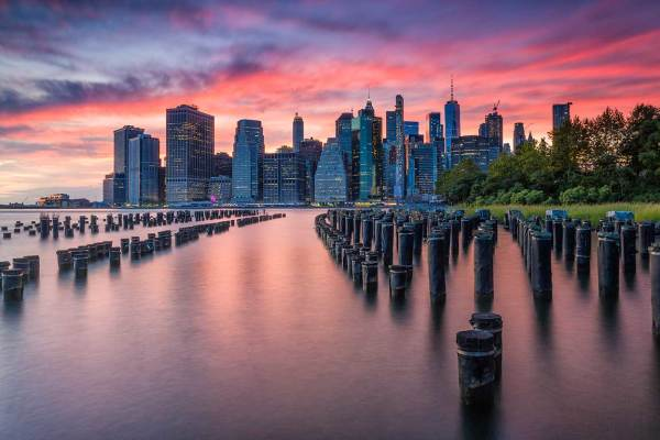 Sunset at brooklyn bridge park, nyc