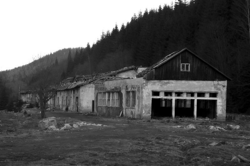 26 (Tarniţa, Romania - Postcommunism X)