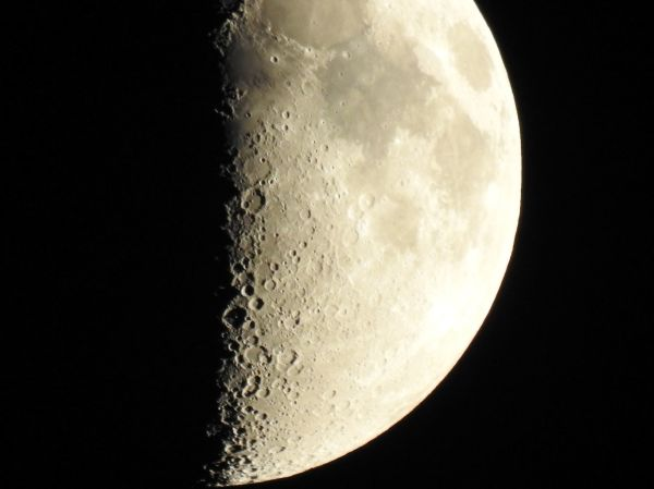 The Moon in the Netherlands