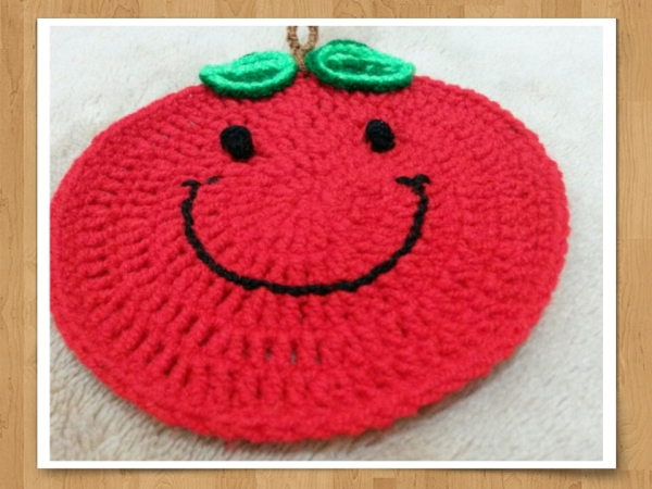 Smilly Apple(crochet ,handmade)