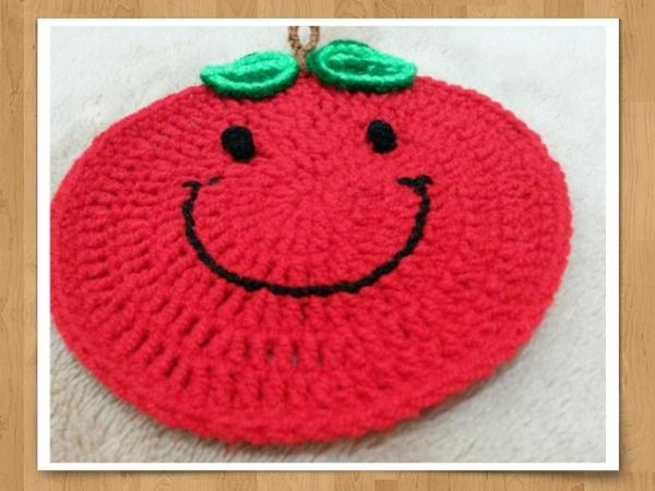 Smilly Apple(crochet ,handmade)