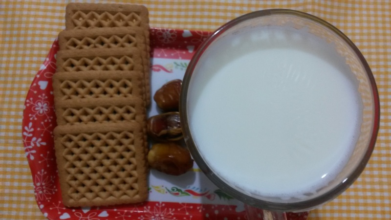 Milk and Date and Biscuit