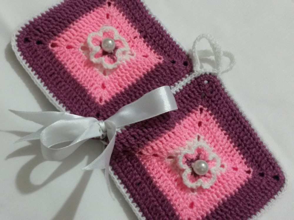 blossoms crocheted