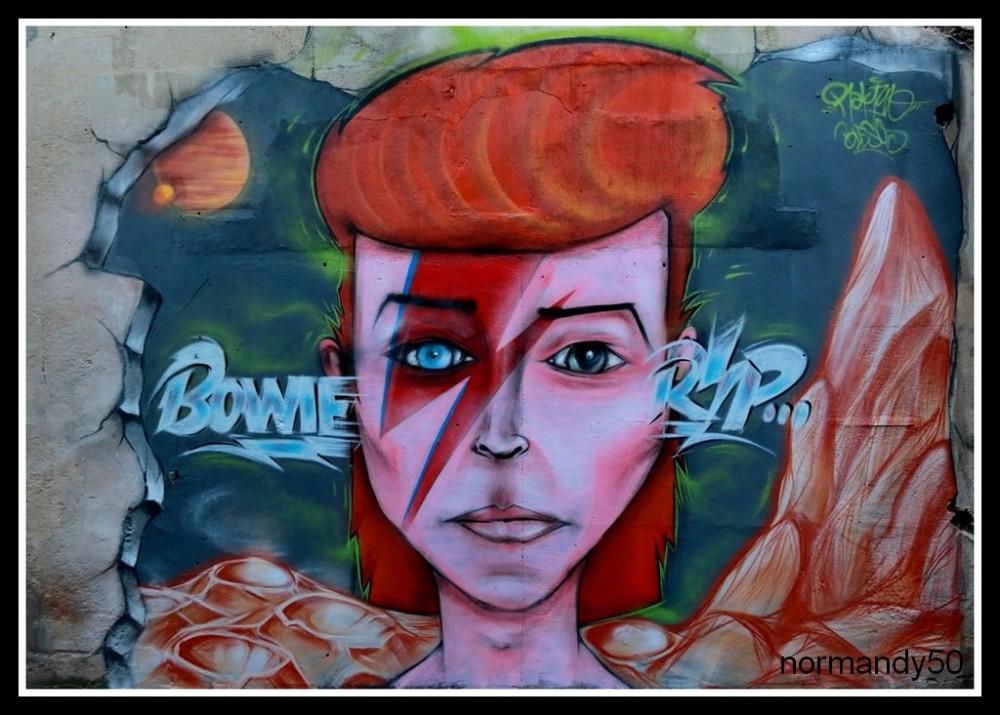 tag dans ma ville : Bowie
