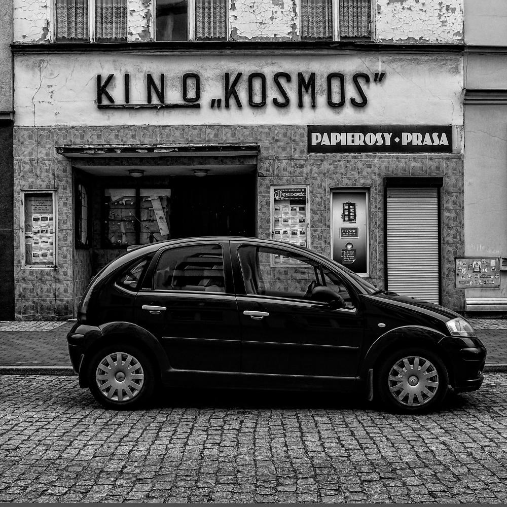 """""""Kosmos"""""""