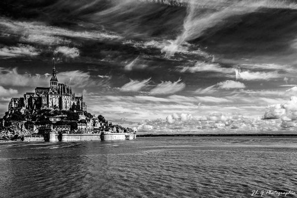 Ciel éphémère sur le Mont St.Michel ...