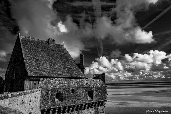 Ciel éphémère sur le Mont St.Michel  II ...