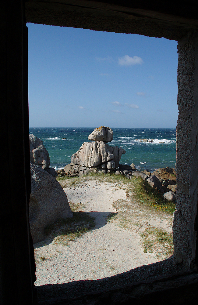Petite vue sur mer ./.
