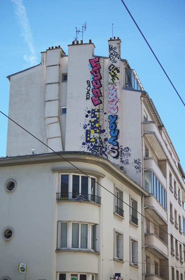 H.T.  ... [Chez les Ti Zef ... (à Brest mêm.)]