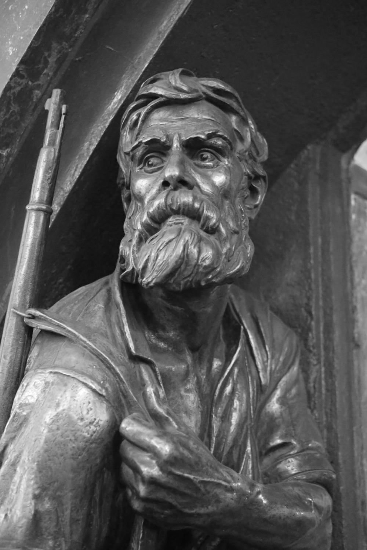 The Bronze Statue_1