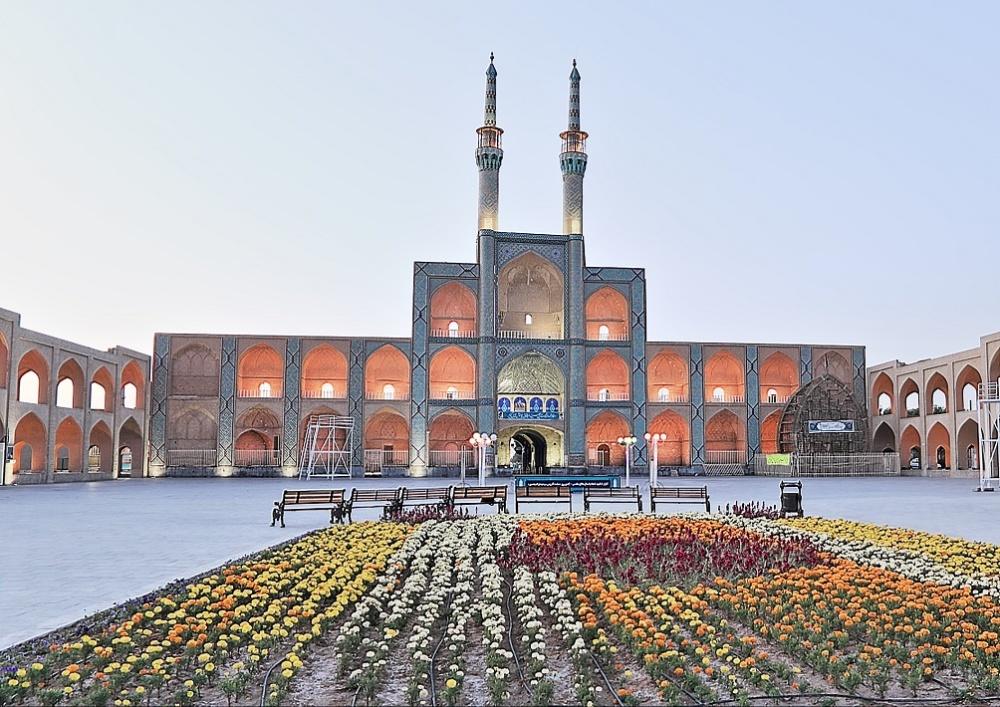 IRAN, YAZD : Amir Chakhmagh Complex