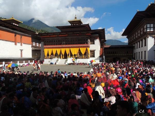festival au Tashi Chodzong