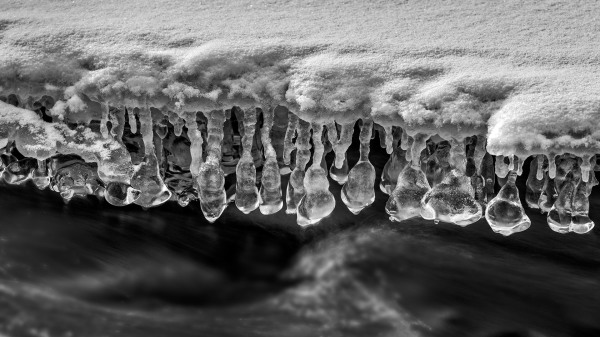 Natural Ice Sculptures