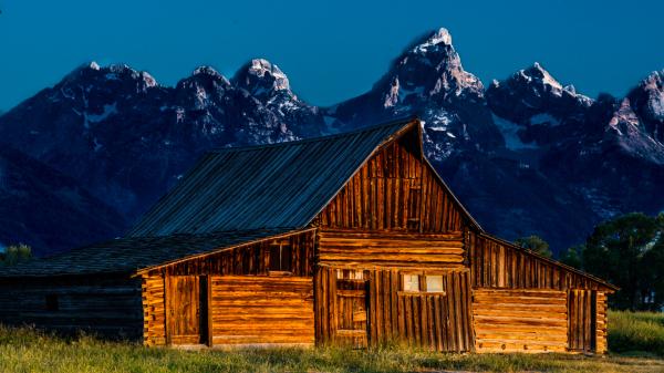 Yet another Mormon barn shot.