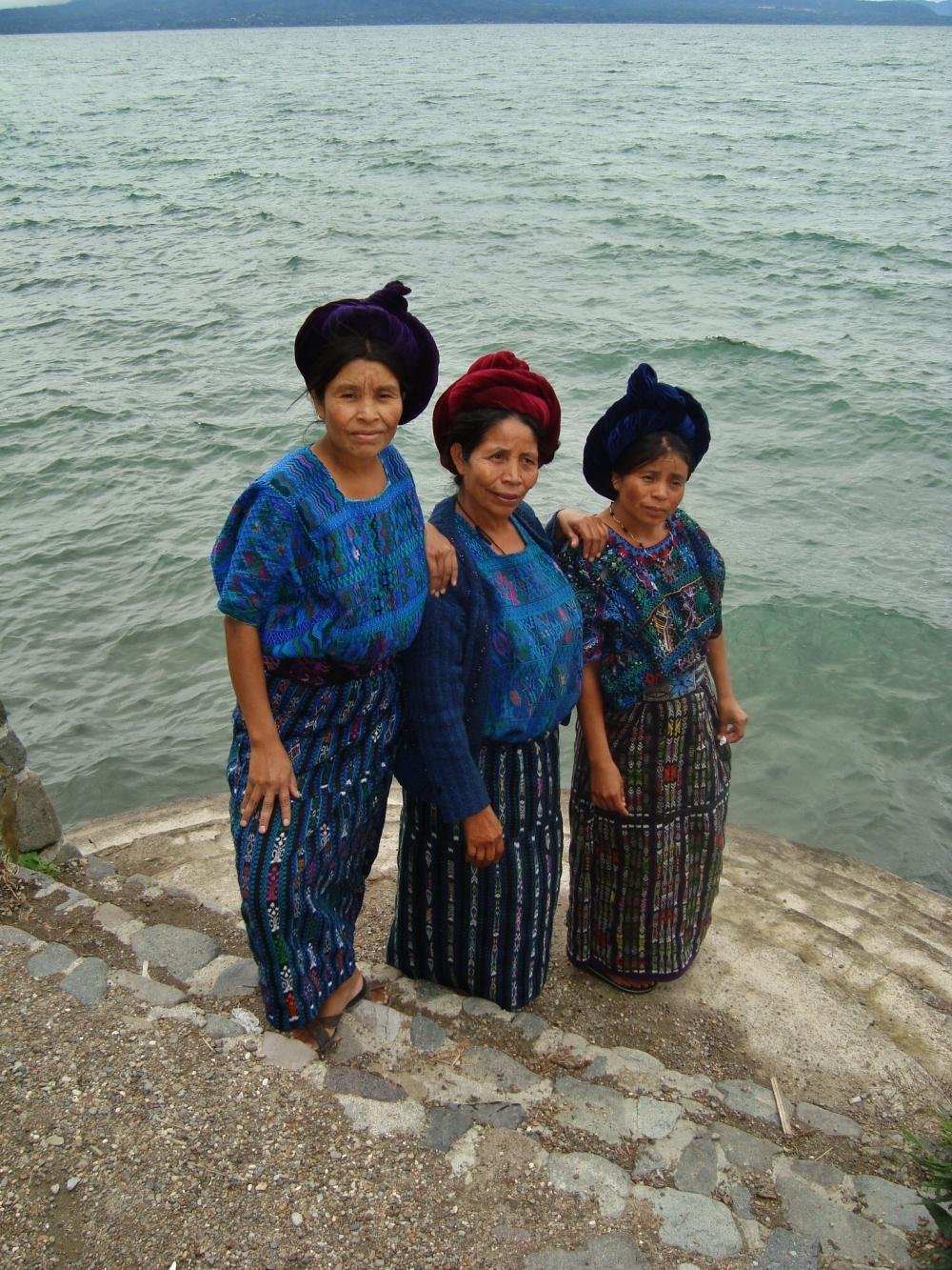 Guatemaltecas de la etnia Maya