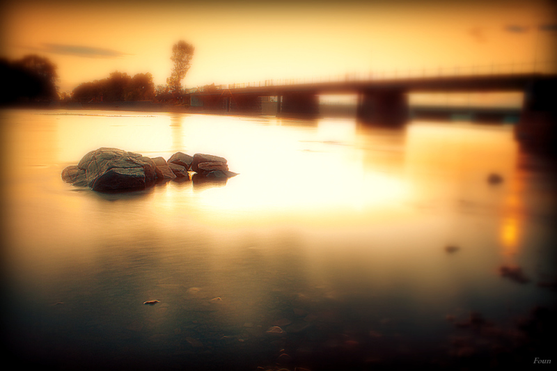 Pont à l'aube