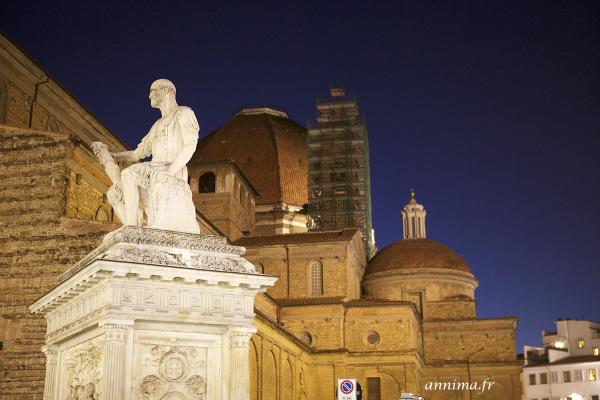 Firenze, sculpture, blue hour, dome, night shot