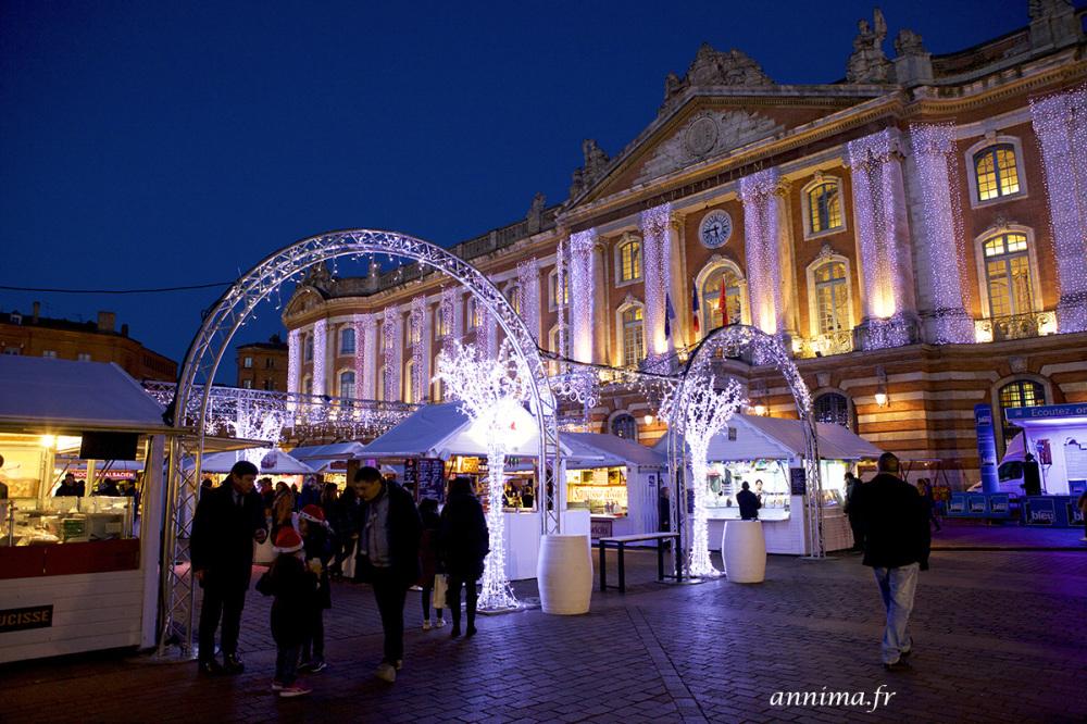 Capitole, Toulouse, market, xmas, blue hour