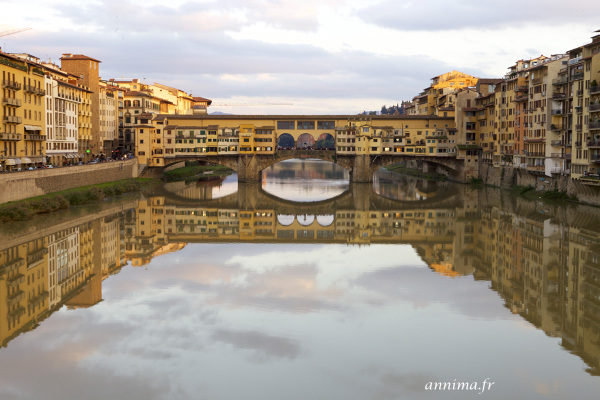 Florence, brigde, golden hour, Arno, river,