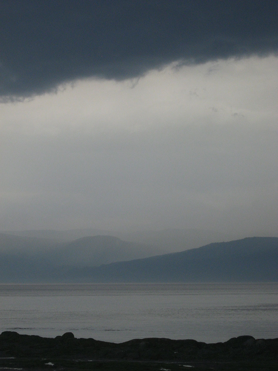 Heavy sky on Charlevoix and the St-Lawrence river
