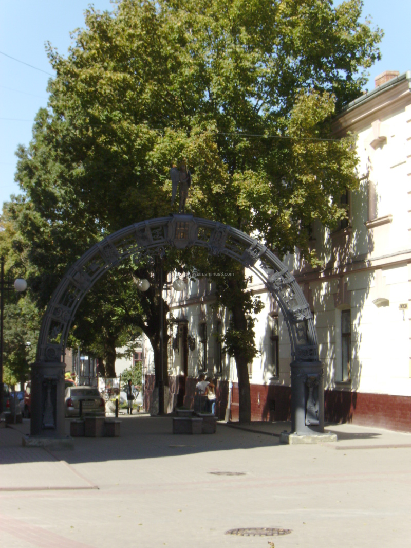 Forged   arch  in  Ivano - Frankivsk