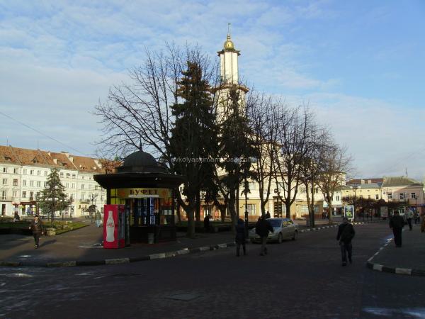 Market   Square  in   Ivano - Frankivsk