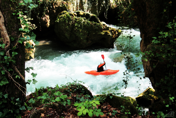 Canoeing, Cascata delle Marmore, Italy