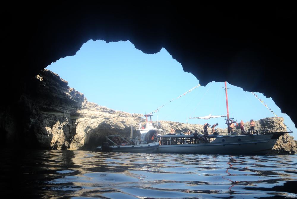 Cave, Lampedusa