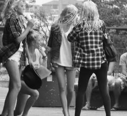 girls (& boy)