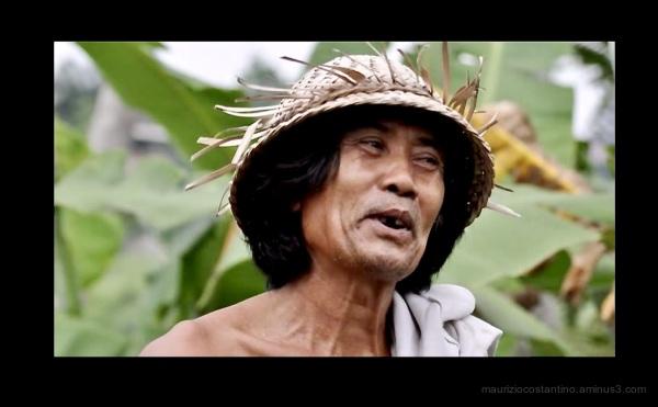 Uomo di fatica, davvero simpatico, a Bali.
