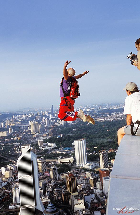 Menara Kuala Lumpur  International Tower Jump