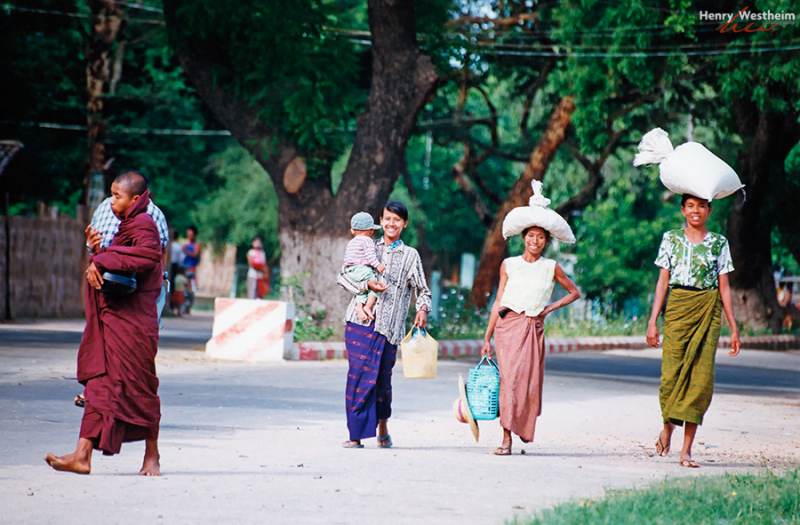 Myanmar (Burma), People walking down the street