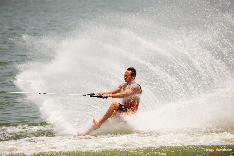 Men's Barefoot Water Skiing competition