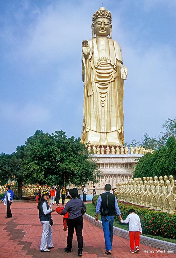 Buddha, Fokuangshan Monastery, Kaohsiung, Taiwan