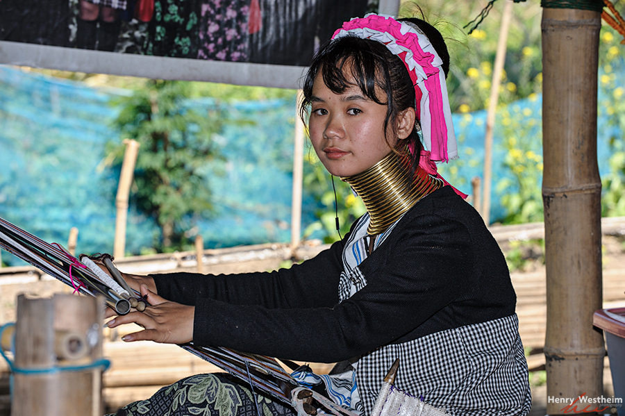 Karen Long Neck girl, Chiang Rai, Thailand