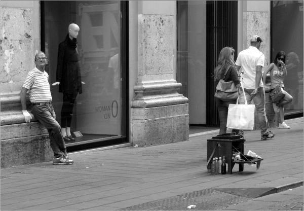 Cirer les pompes (2012)