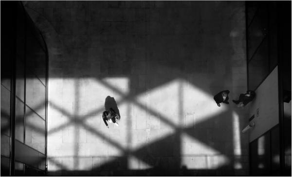 Communication dans l'ombre
