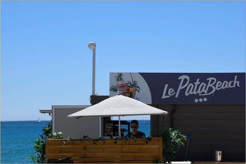 Pata  Beach