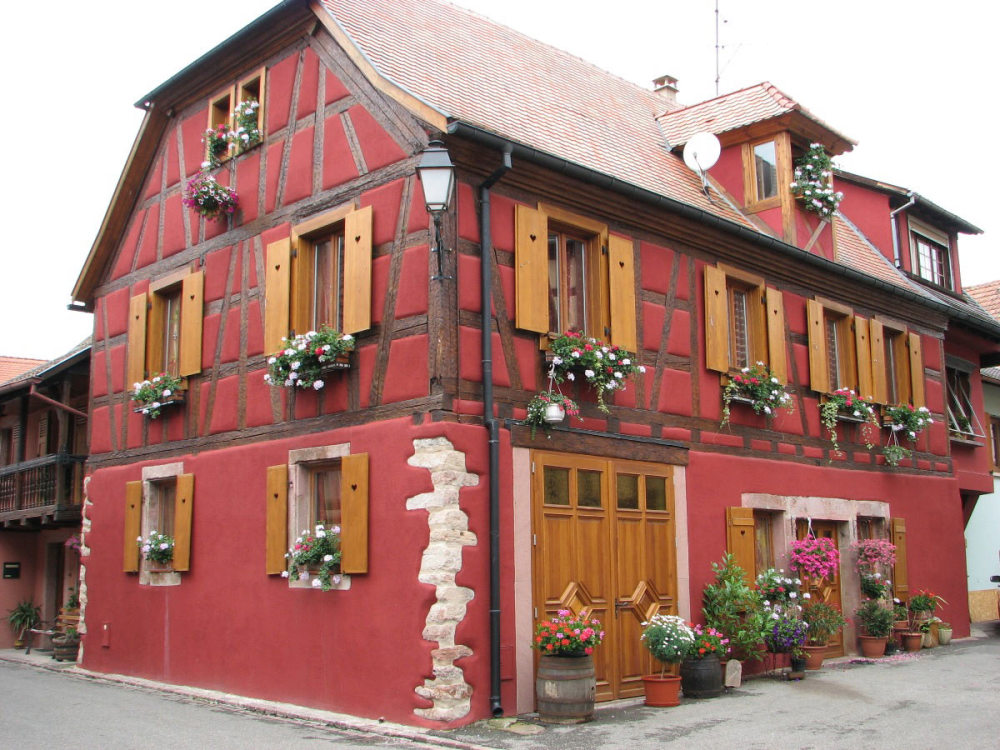 red house in Bergheim (Alsace)