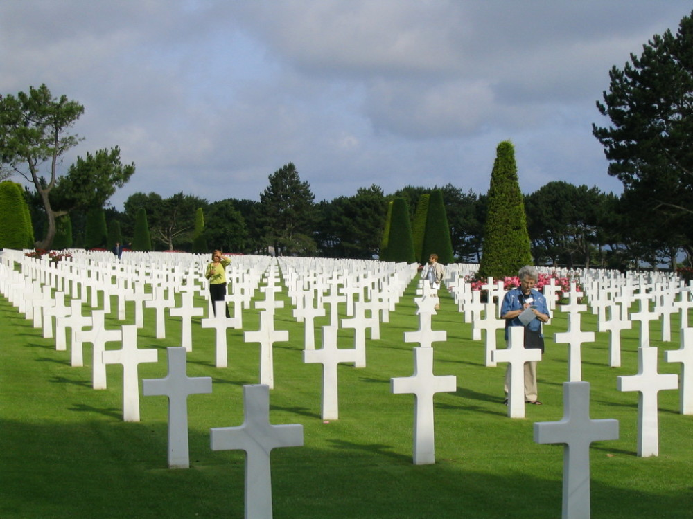 american cemetery at Collevile-sur-Mer (France)