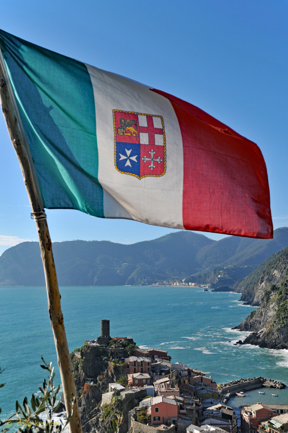 Vernazza : the flag of Liguria, region of Italy