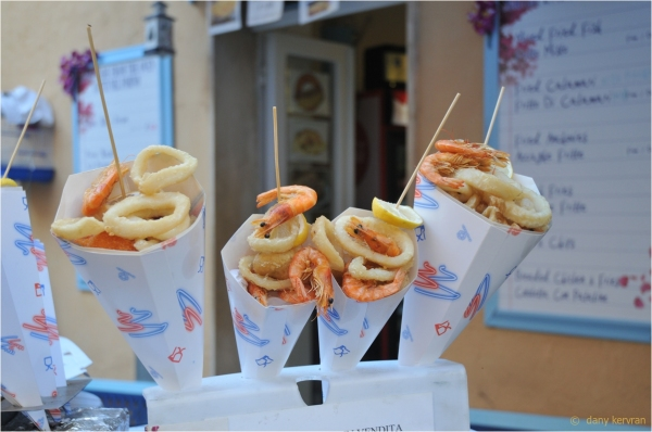 calmar and prawn kebab