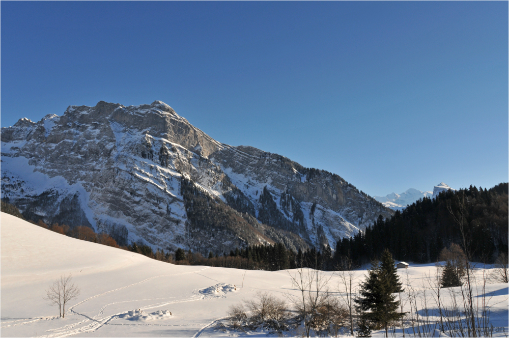 mountain in winter above Samoëns (Haute-Savoie)