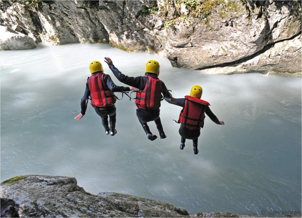 dive into the Giffre